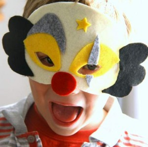 DIY : le masque de clown en feutrine