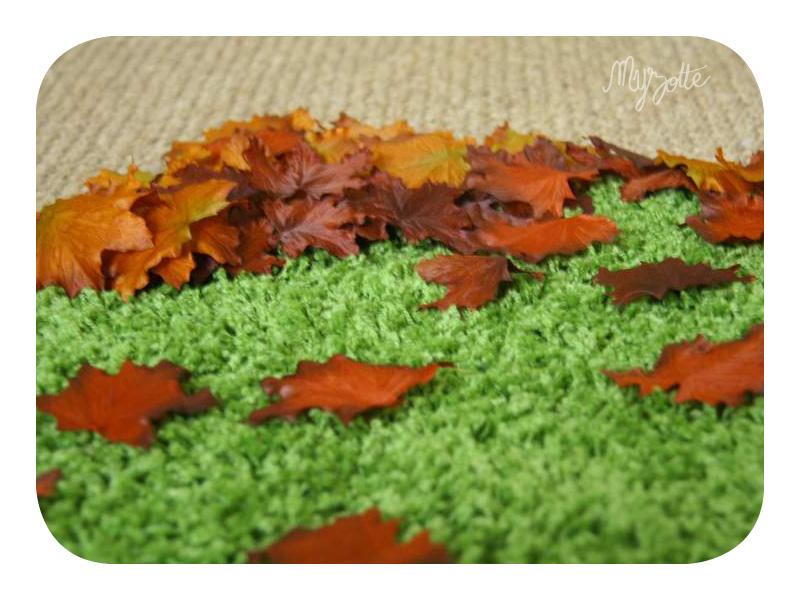 1_La chambre enchantée de petit dernier : zoom sur le tapis façon mousse et ses feuilles cuivrées