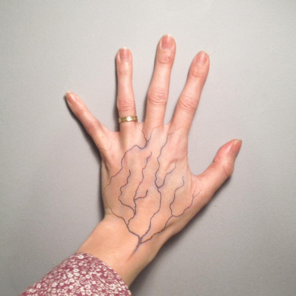 main, c'est mes veines ! © Myzotte - novembre 2013
